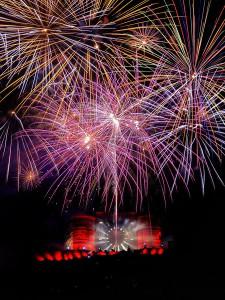 photo chateau de la chaux montgros sallèdes photographie photographe Serge Decoster photos feux artifice