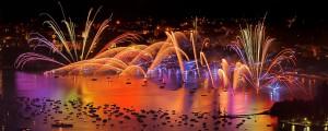photo 6370, photographie Annecy la fête du lac photos feux d'artifice photographe Serge Decoster