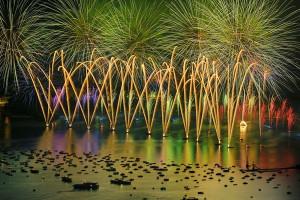 photo 6405, photographie Annecy la fête du lac photos feux d'artifice photographe Serge Decoster