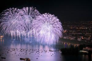 photo7550, photographie Annecy la fête du lac photos feux d'artifice photographe Serge Decoster
