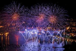 photo7672, photographie Annecy la fête du lac photos feux d'artifice photographe Serge Decoster